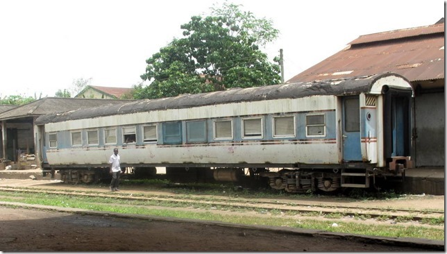 "Nsawam Train"" People live in the car on the bypass track."
